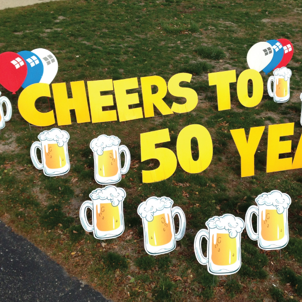 Beer_Mugs_Yard_Greetings_Cards_Lawn_Signs_Happy_Birthday_Over_the_hill