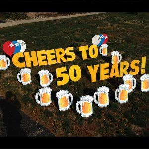 beer_mugs_yard_greetings_lawn_signs_cards_happy_birthday_hoppy_over_hill