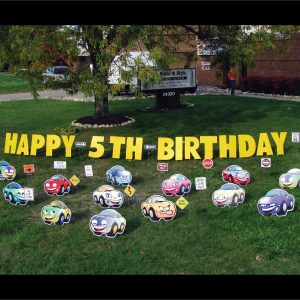 cars_yard_greetings_lawn_signs_cards_happy_birthday_hoppy_over_hill