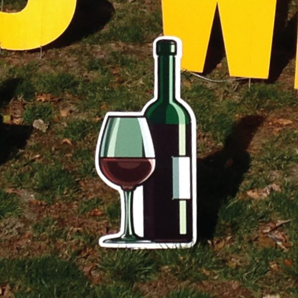 fine_wine_glass_yard_greetings_lawn_signs_cards_happy_birthday_hoppy_over_hill
