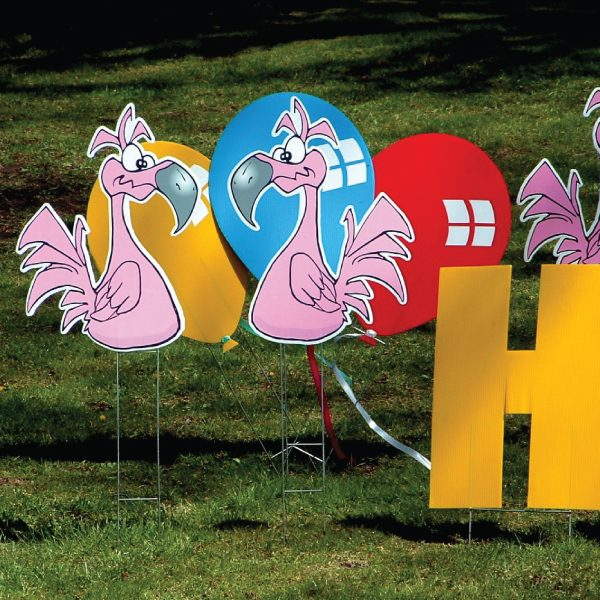 flamingos2_yard_greetings_lawn_signs_cards_happy_birthday_hoppy_over_hill