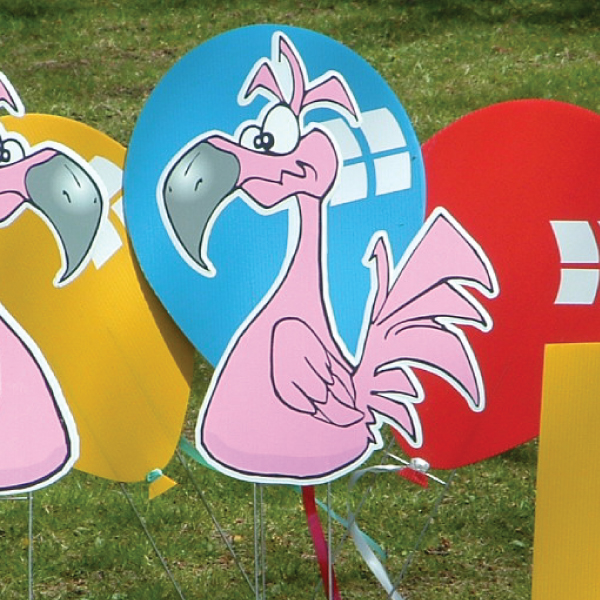 flamingos_left_yard_greetings_lawn_signs_cards_happy_birthday_hoppy_over_hill