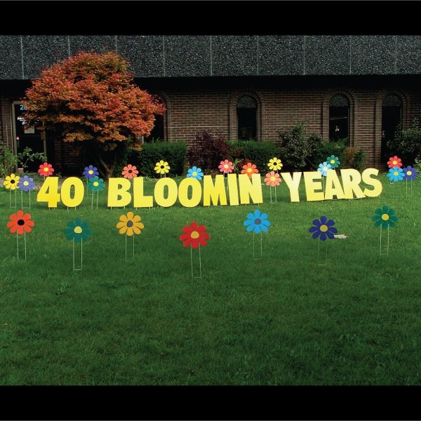 flowers_bloomin_yard_greetings_lawn_signs_cards_happy_birthday_hoppy_over_hill