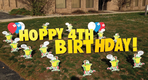 frog_Yard_Greetings_Cards_Lawn_Signs_Happy_Birthday_Over_the_hill