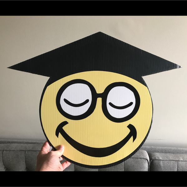 gs11_graduation_smiley_face_emoji_yard_greetings_lawn_signs_cards_happy_birthday_hoppy_over_hill