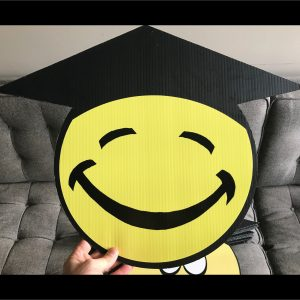 gs12_graduation_smiley_face_emoji_yard_greetings_lawn_signs_cards_happy_birthday_hoppy_over_hill