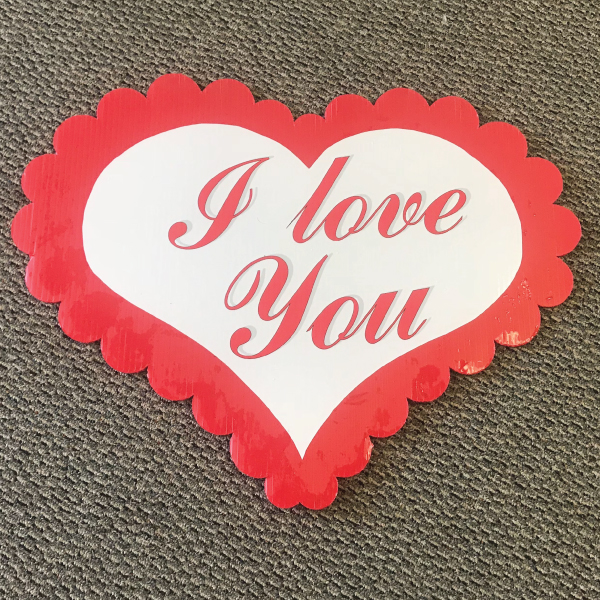 love_you_hearts_love_yard_greetings_cards_lawn_signs_happy_birthday_over_hill_anniversary