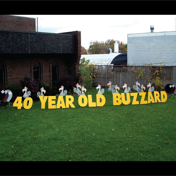 old_buzzard_yard_greetings_lawn_signs_cards_happy_birthday_hoppy_over_hill