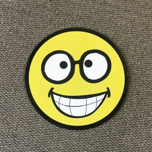 smiley_face_sm4_yard_greetings_cards_lawn_signs_happy_birthday_over_hill_anniversary