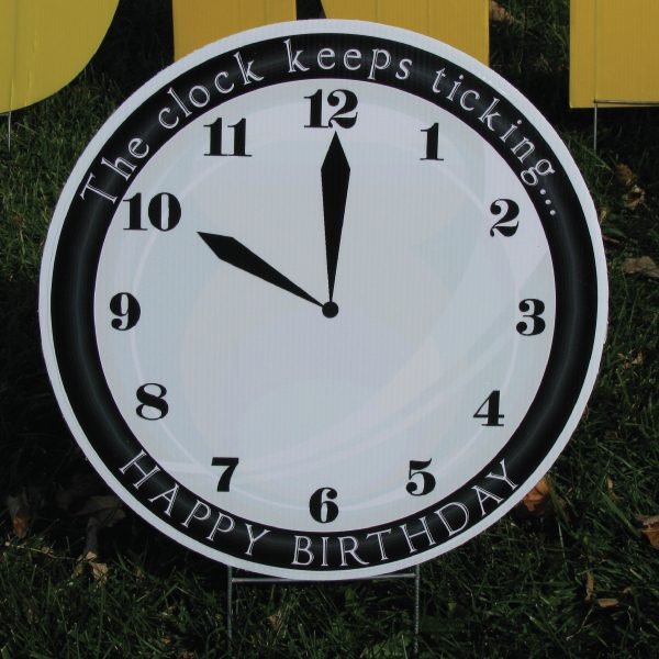 clock_3_yard_greetings_lawn_signs_cards_happy_birthday_hoppy_over_hill