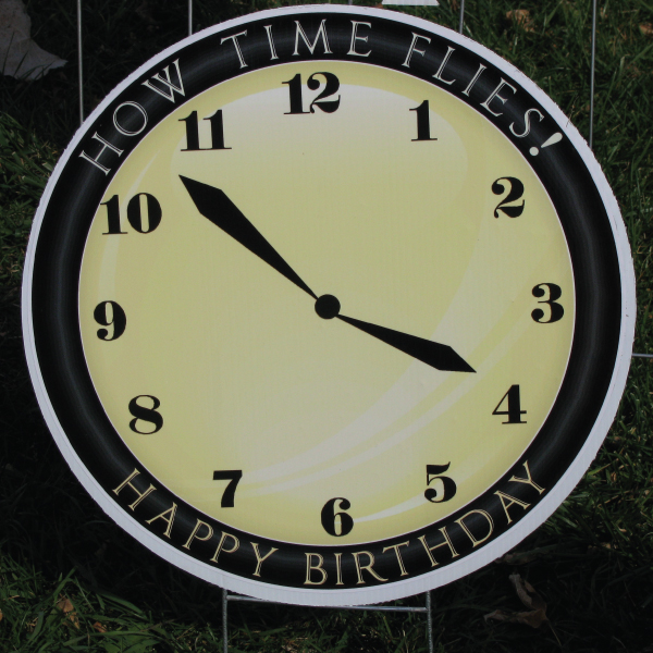 clock_8_yard_greetings_lawn_signs_cards_happy_birthday_hoppy_over_hill