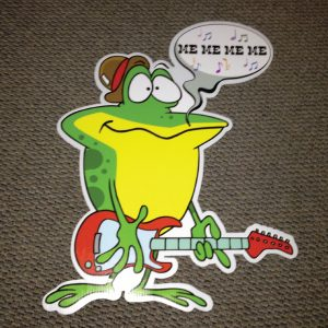 frog_me_me_right_hoppy_birthday_yard_greetings_lawn_signs_cards_happy_over_hill