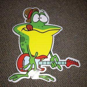 frog_right_no_talkie_hoppy_birthday_yard_greetings_lawn_signs_cards_happy_over_hill