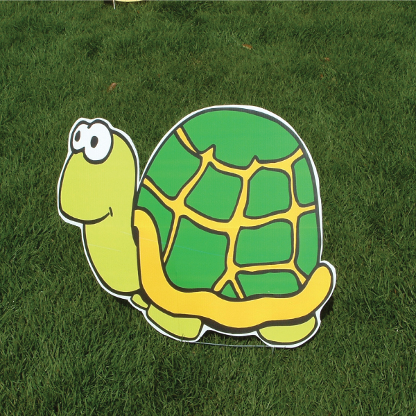 turtle_zoo_animals_yard_greetings_cards_lawn_signs_happy_birthday_over_hill