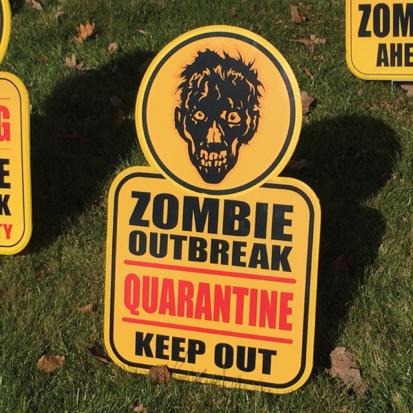 zombe_10_yard_greetings_lawn_signs_cards_happy_birthday_hoppy_over_hill
