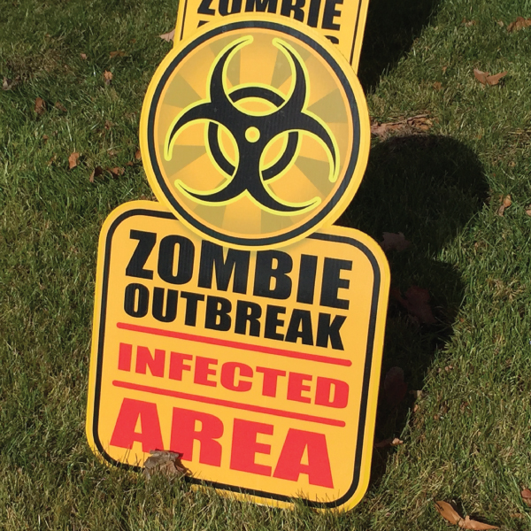 zombe_4_yard_greetings_lawn_signs_cards_happy_birthday_hoppy_over_hill