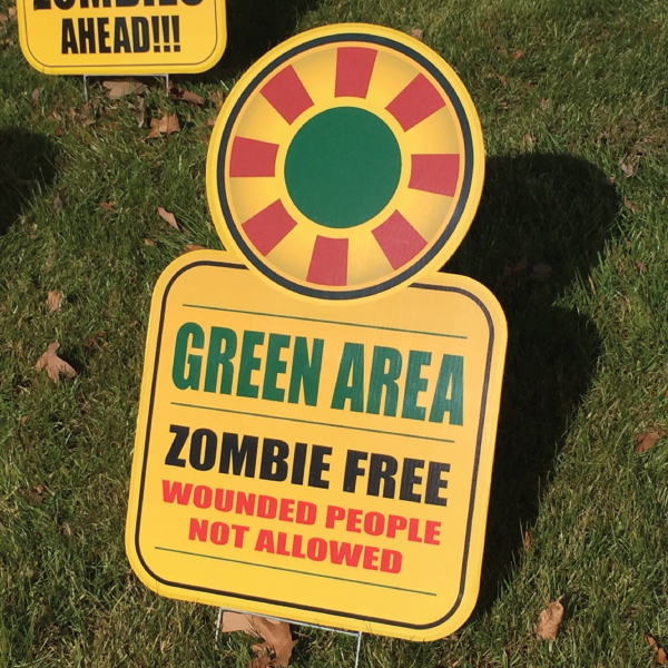 zombe_8_yard_greetings_lawn_signs_cards_happy_birthday_hoppy_over_hill