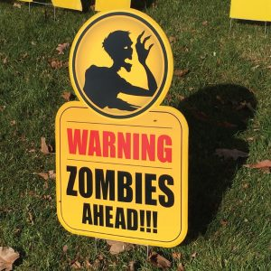 zombe_9_yard_greetings_lawn_signs_cards_happy_birthday_hoppy_over_hill