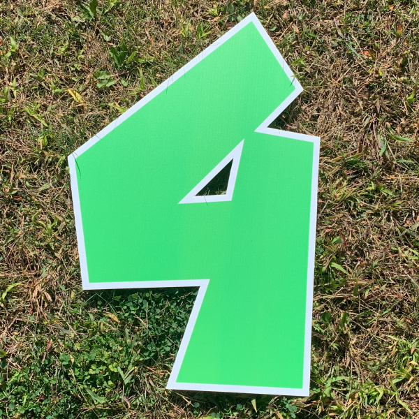 green number 4 yard greetings cards corrugated plastic coroplast happy birthday lawn