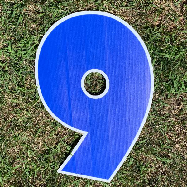 blue number 9 yard greetings cards corrugated plastic coroplast happy birthday lawn