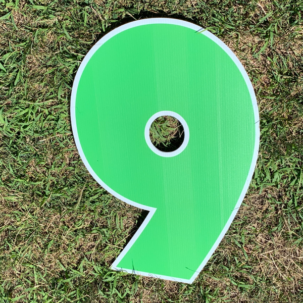 green number 9 yard greetings cards corrugated plastic coroplast happy birthday lawn