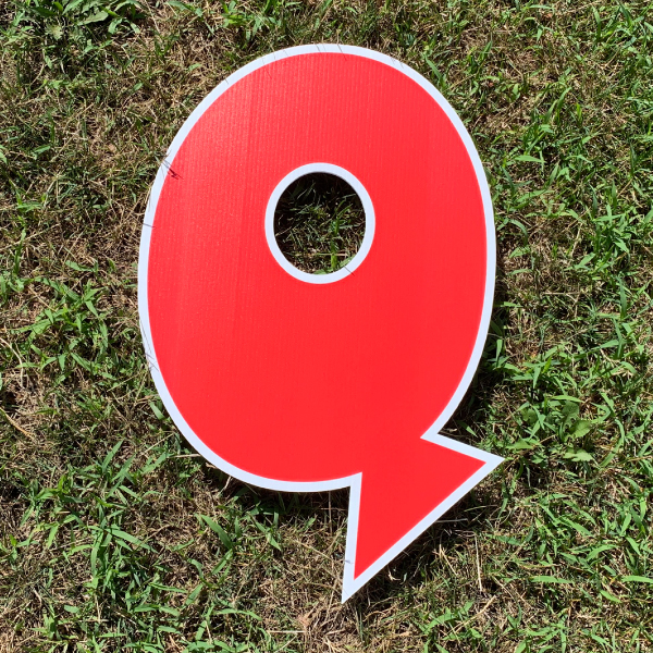 red letter Q yard greetings cards corrugated plastic coroplast happy birthday lawn