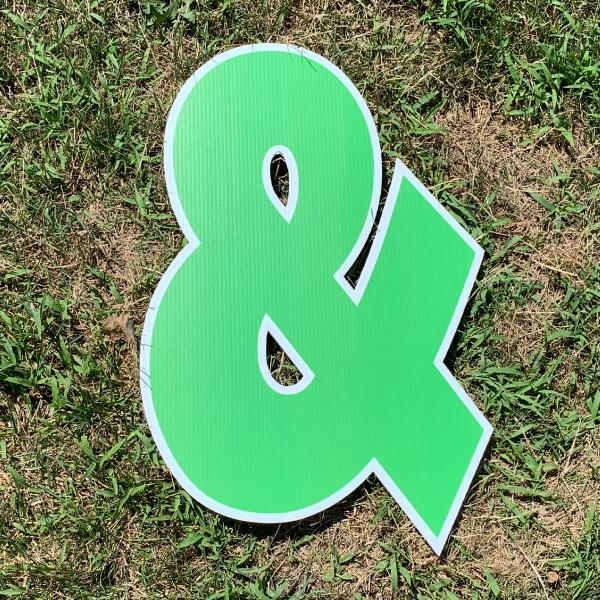 green symbol ampersand & yard greetings cards corrugated plastic coroplast happy birthday lawn